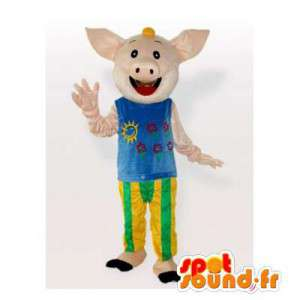 Mascotte de cochon souriant, tout habillé