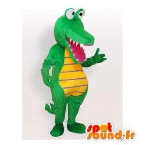 Mascot cocodrilo verde y amarillo.Traje del cocodrilo