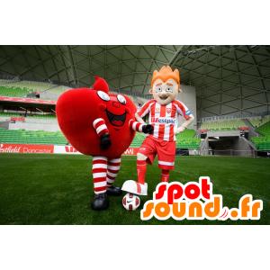 2 mascottes, un cœur rouge géant, et un footballeur - MASFR20463 - Mascotte Saint-Valentin