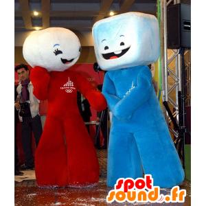 2 mascotes marshmallow, cubos de açúcar