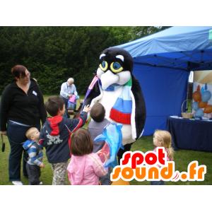 Mascotte de pingouin noir et blanc, de manchot
