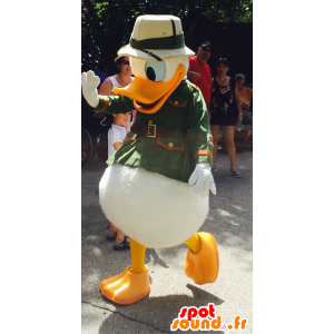 Donald Duck mascotte gekleed in explorer