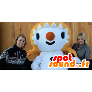 Blonde girl mascot with quilts - MASFR20794 - Mascots child