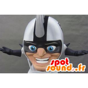 大きなヘルメットをかぶった頭のマスコット、頭にパイクが付いている-MASFR21130-マスコットの頭
