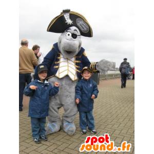 Mascote golfinho cinzento vestida no traje do pirata