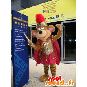 Mascotte de souris marron, habillée en chevalier