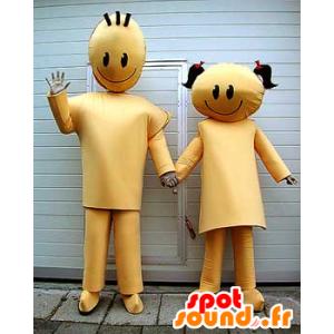 2 paria maskotteja, poika ja kultainen tyttö