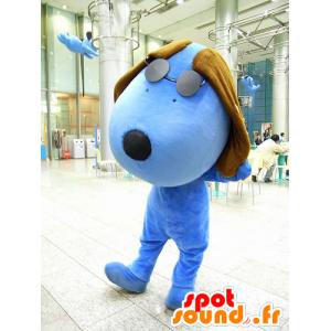 Mascotte de gros chien bleu et marron, avec des lunettes