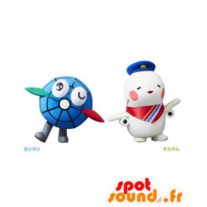 Mascotte Kankun e Sorayan, un globo e un piano bianco - MASFR27138 - Yuru-Chara mascotte giapponese