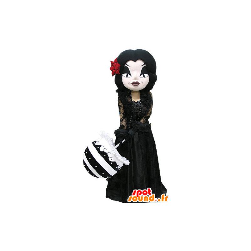 La Mascota De Maquillaje Gótico Mujer Vestida De Negro