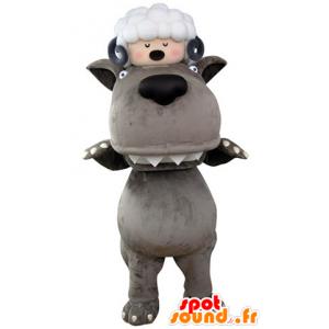 Grijze Wolf mascotte met een schaap op het hoofd