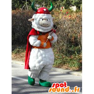Mascotte pecore bianche con un mantello e un casco vichingo