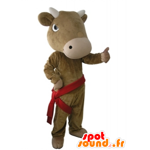 Vaca marrom mascote, gigante e muito realista