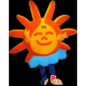 Sol alaranjado e amarelo com uma mascote nuvem - MASFR032335 - Mascotes não classificados