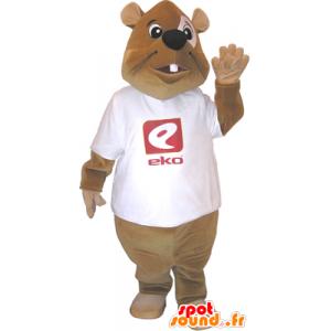 Mascota del castor marrón con una camisa blanca