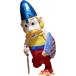 Mascotte de viking blond moustachu avec un casque et un bouclier