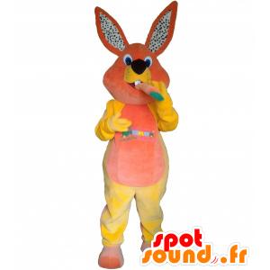 Plys kanin maskot med en gulerod - Spotsound maskot