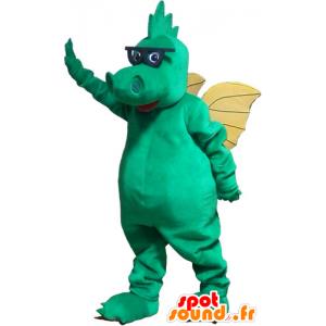 Green Dragon Mascot z żółtymi skrzydłami i okulary - MASFR032831 - smok Mascot