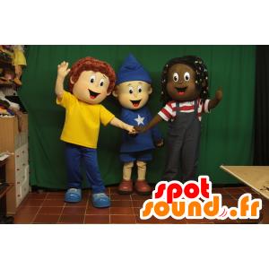 3 mascottes d'enfants à l'air joyeux avec des tenues colorées - MASFR033005 - Mascottes Enfant