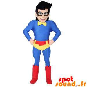 La mascota de superhéroes con gafas y un traje de colores