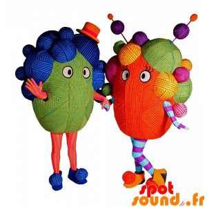 2 mascots von farbigen...
