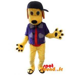 Mascotte de chien jaune avec une chemise et une casquette