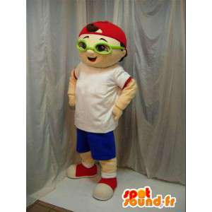 Mascot boy with red cap and green glasses. Street.