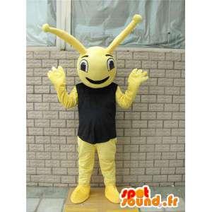 Żółta maskotka owad z czarnym t-shirt w stylu lasu mrówki