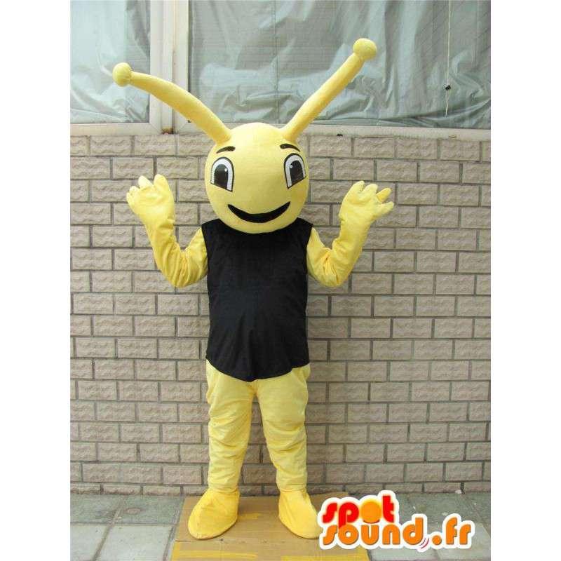 黒のTシャツスタイルの森林アリと黄色のマスコット昆虫 - MASFR00728 - Antのマスコット