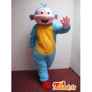 Mascot hombre del espacio extraterrestre con túnica estilo