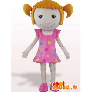 Μασκότ ενός μικρού κοριτσιού με παπλώματα - μεταμφίεση γεμιστά