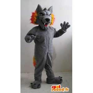 Mascota del lobo gris y el deporte anaranjada para apoyar