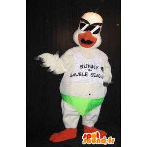 Mascotte d'aigle en tenue de beauf, déguisement de beauf