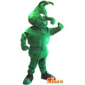 Mascot wat neerkomt op een groen insect in de sport schoen