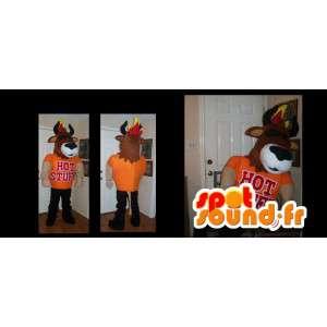 頭に炎が付いたオレンジ色の服を着た雄牛のマスコット-MASFR002678-雄牛のマスコット