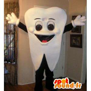 歯のマスコット - コスチューム専門職の歯科医と薬局