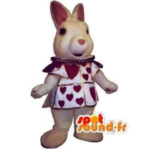 Realistische konijn mascotte met haar outfit met hartjes