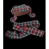 Bonnet et écharpe à carreaux assortis