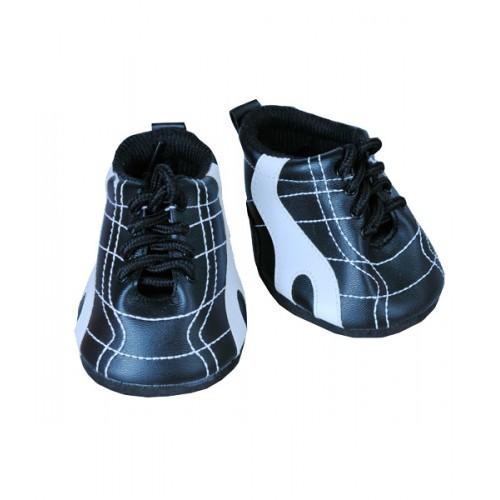 Paire de chaussures noire et blanche