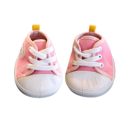Paire de chaussures Converse rose et blanche